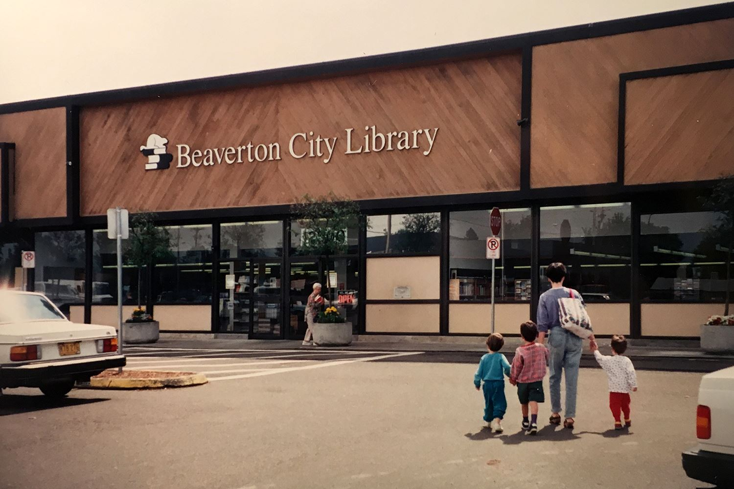beaverton-city-library-hall-allen-exterior-1980