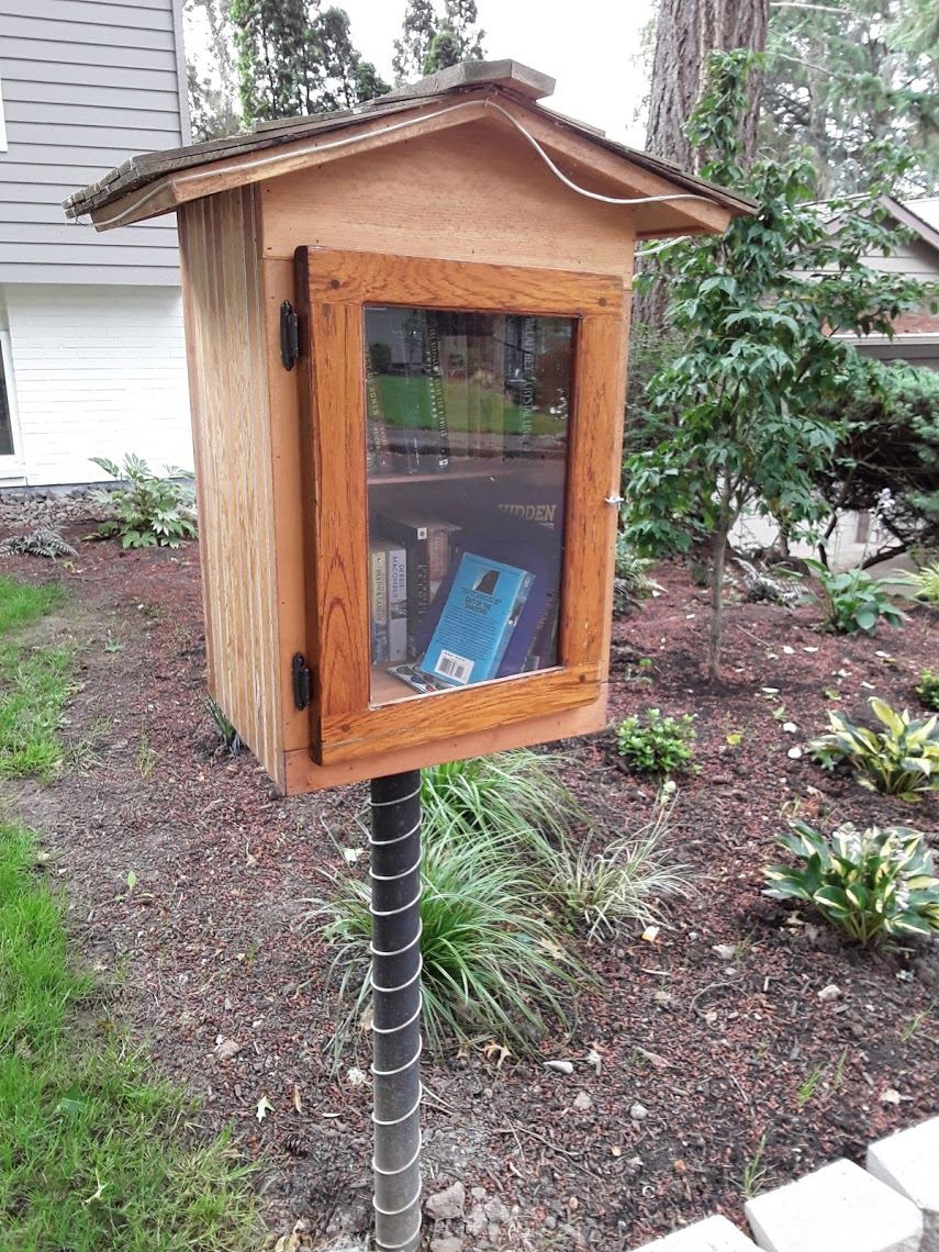 Image of Little Free Library on Kimberly Dr.